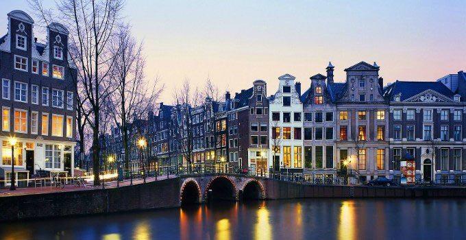 Amsterdam la guida completa trasporti attrazioni for Amsterdam offerte viaggi
