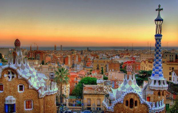 Barcellona La Guida Completa Trasporti Attrazioni Offerte