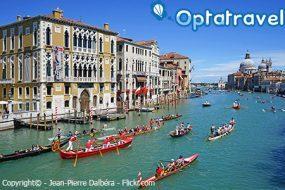 Capodanno Venezia: Treno + Hotel a 140.84€