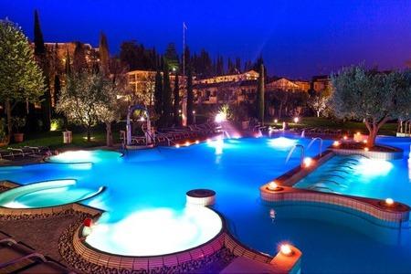 Sirmione: Soggiorno Relax in Hotel 4* con Spa a 79€ | Optatravel.com