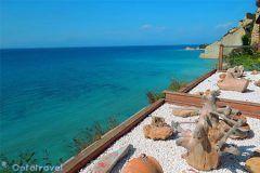 Corfù: Vacanze low cost con Volo + Hotel a 386€