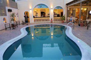 Vacanze a Santorini: Luglio e Agosto con Volo + Hotel a 260 ...